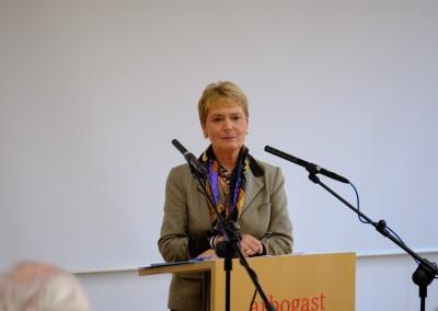 Staatsekretärin F. Gurr-Hirsch